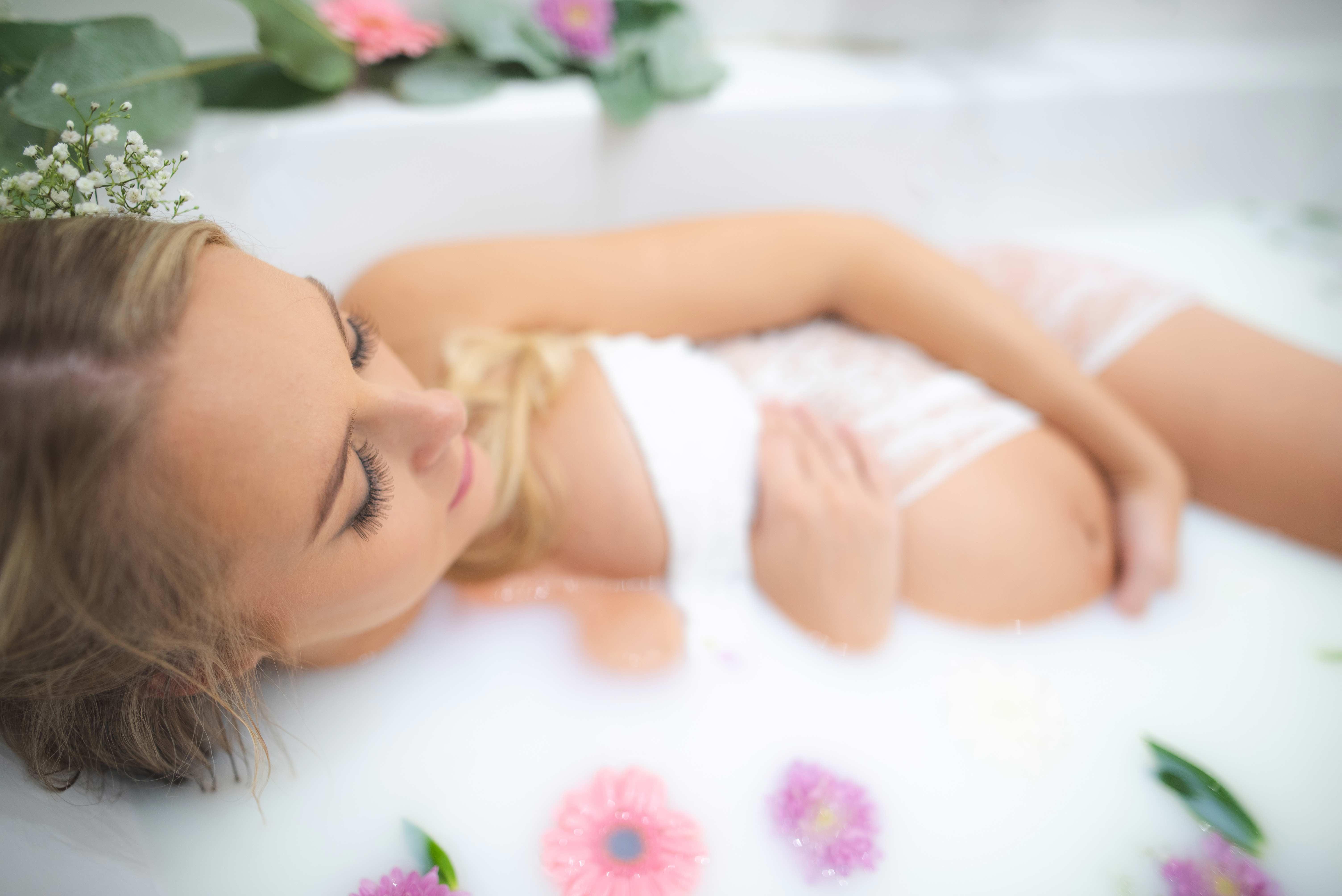 Photo grossesse bain de lait