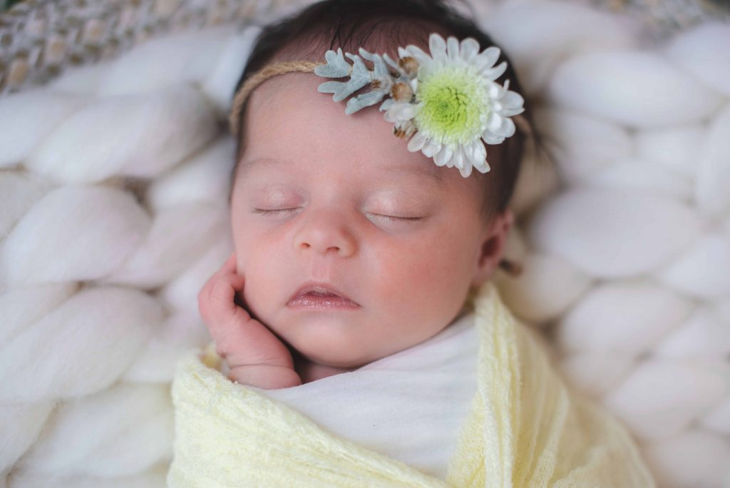 Séance photo de naissance à domicile 06