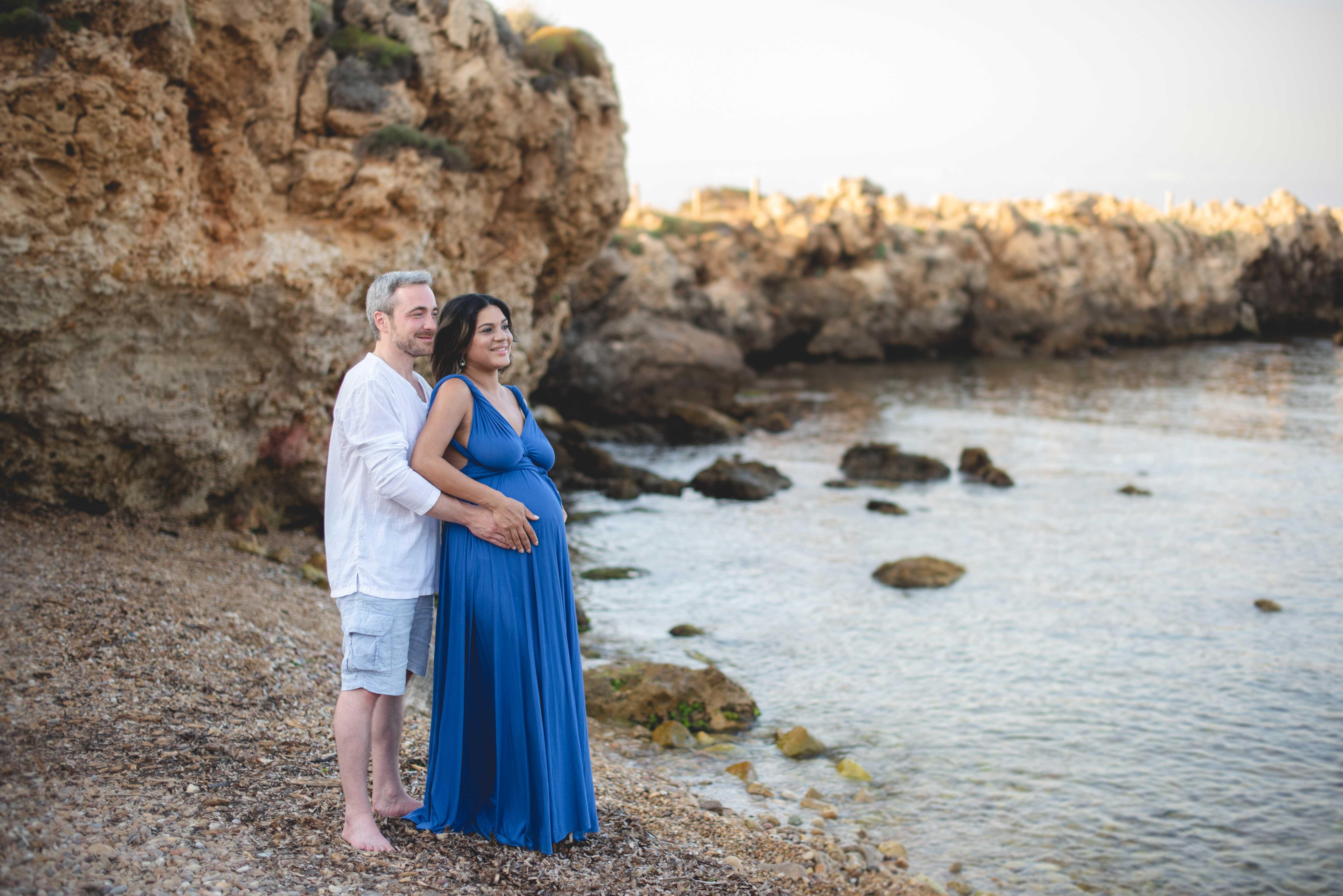 Séance photo de grossesse en bord de mer 06