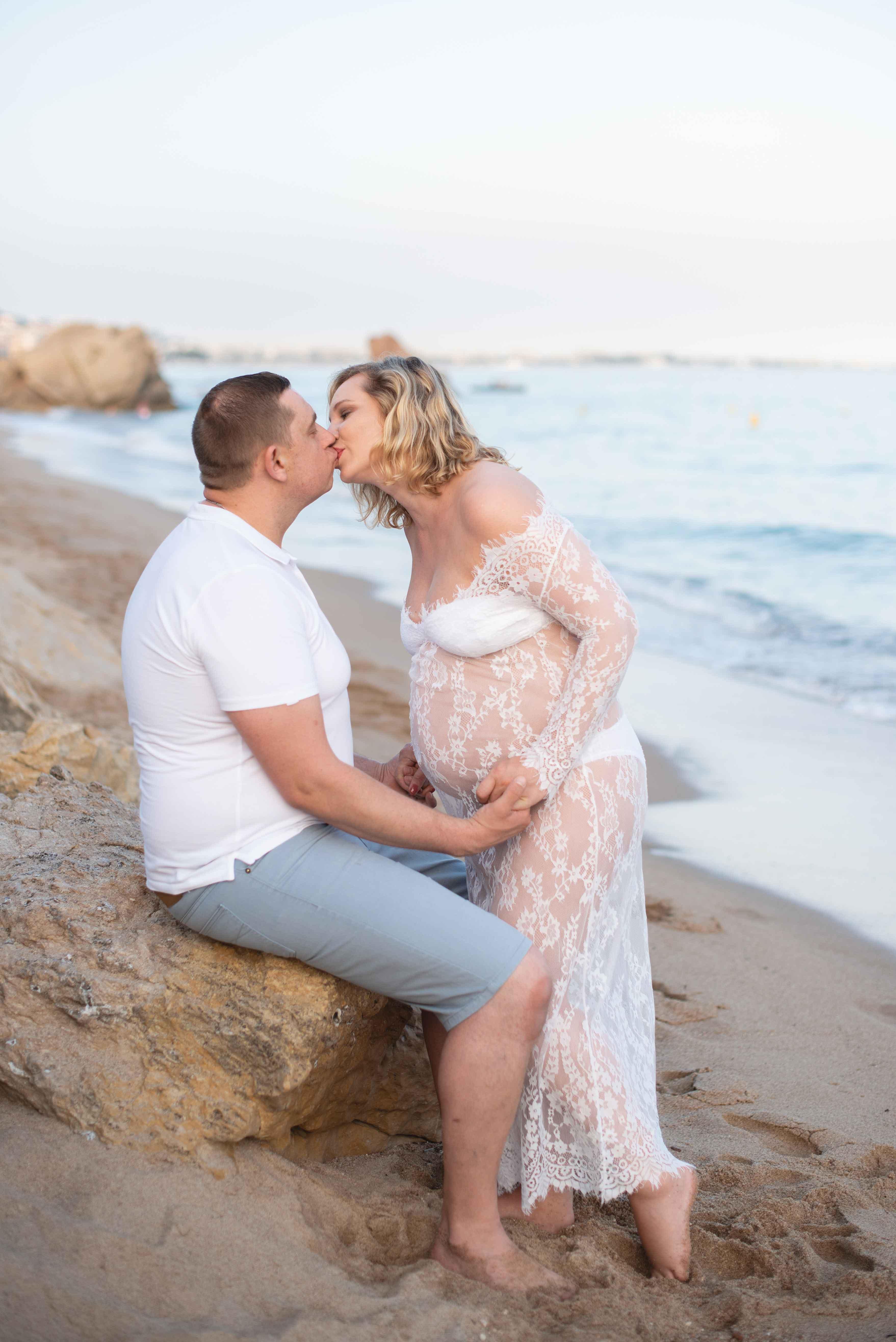 Séance photo de grossesse à Cannes